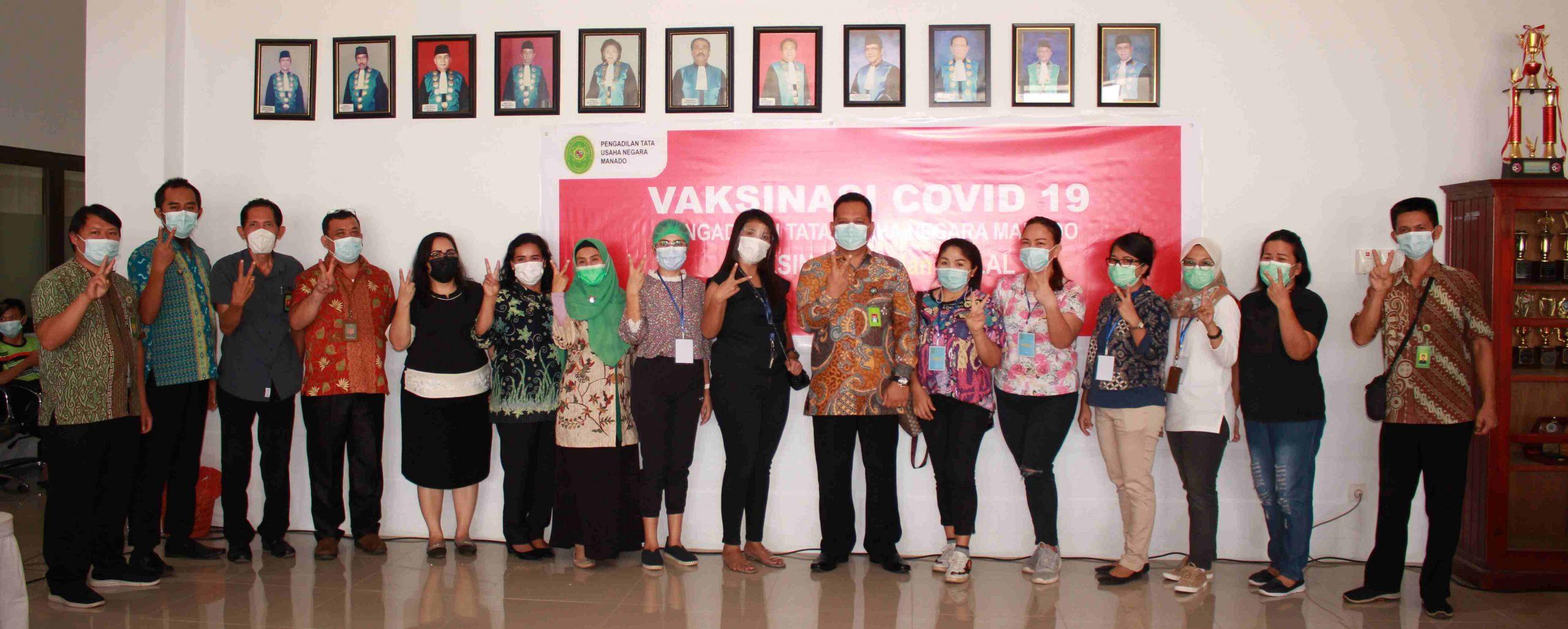 Pengadilan Tata Usaha Negara Manado Melaksanakan Kegiatan Vaksinasi Sebagai Upaya Pencegahan Covid-19